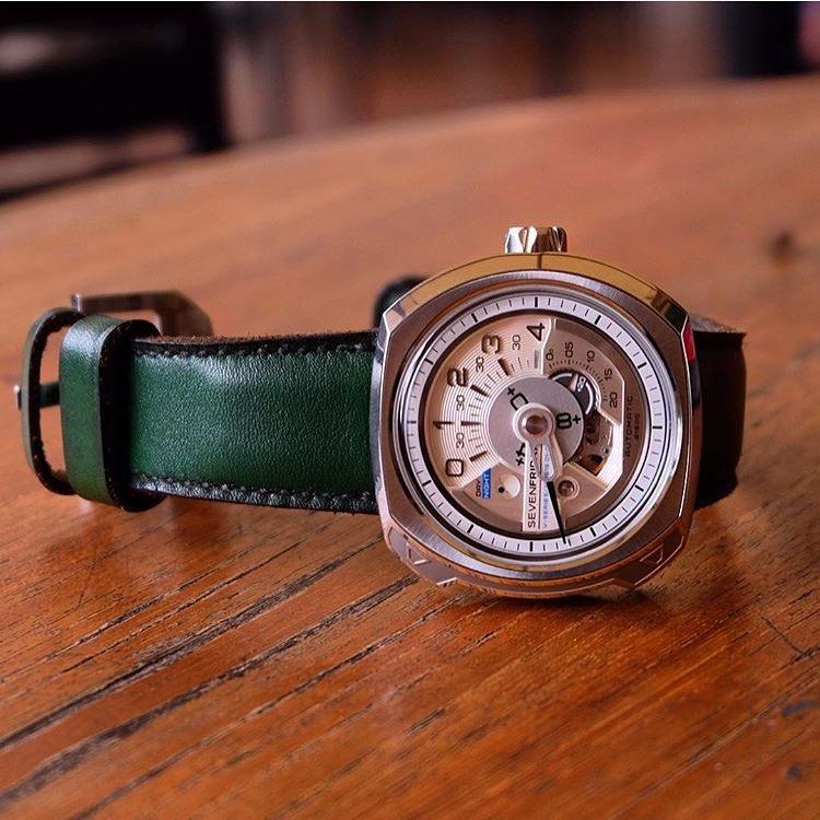 malio-straps-verde-sevenfriday (1)